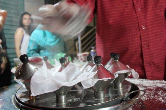 Steaming-Putu-Piring